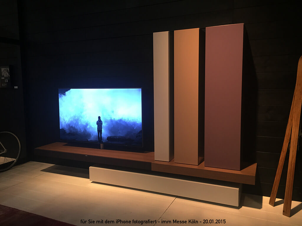 twenty hifi television. Black Bedroom Furniture Sets. Home Design Ideas